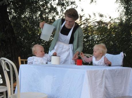 Luonnoksia Eräältä Illalliselta (vauvat)